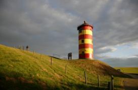 Pilsumer Leuchtturm im Morgenlicht