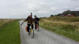 Bild zeigt zwei Fahrradfahrer