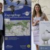 Peter Südbeck und Dr. Christina Barilaro stellen das Programm der 8. Zugvogeltage im Nationalpark Niedersächsisches Wattenmeer vor.